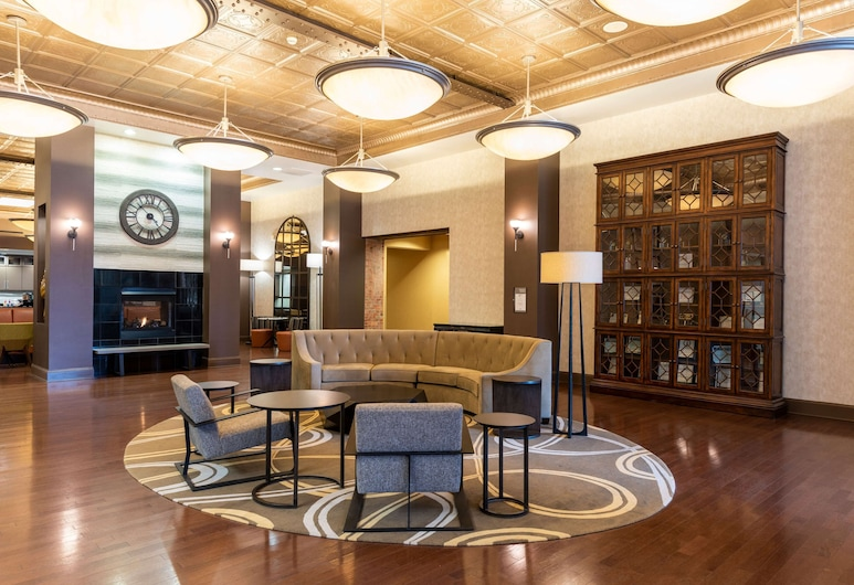 Homewood Suites by Hilton Indianapolis-Downtown, Indianapolis, Vestibyle