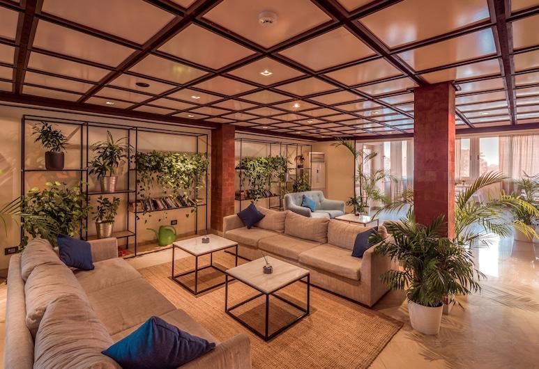Hotel President, Cairo