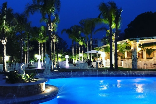 聖阿爾菲奧花園溫泉酒店/
