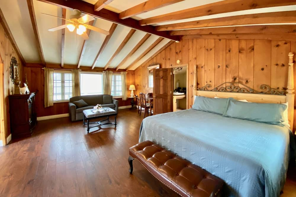 Standard King Room - Зона гостиной