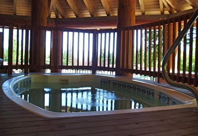 Kintla Lodge, Whitefish, Indoor Spa Tub