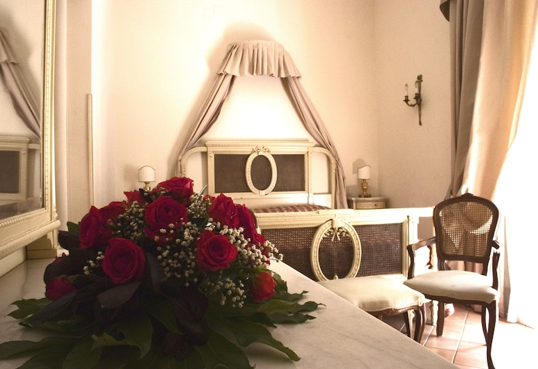 Chiaja Hotel de Charme, Naples, Superior Double or Twin Room, Guest Room