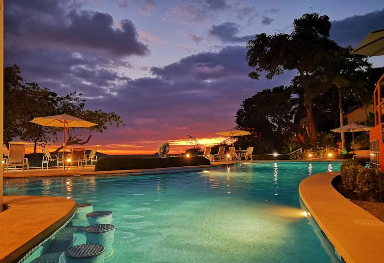 Si Como No Resort, Spa and Wildlife Refuge, Manuel Antonio, Outdoor Pool