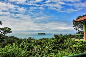 Picture of Si Como No Resort, Spa and Wildlife Refuge in Manuel Antonio