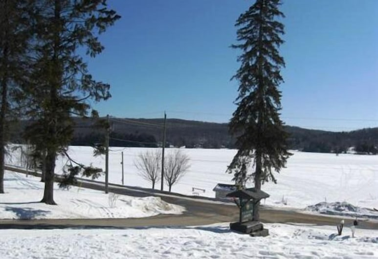 GetAways At Haliburton Heights, Dysart et al, Property Grounds