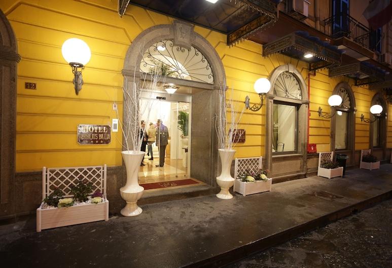 Hotel Vergilius-Billia, Napoli, Hotellets front – kveld/natt