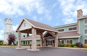 Picture of AmericInn by Wyndham Wetmore Munising in Wetmore