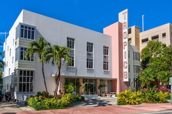 Picture of Tropics Hotel in Miami Beach