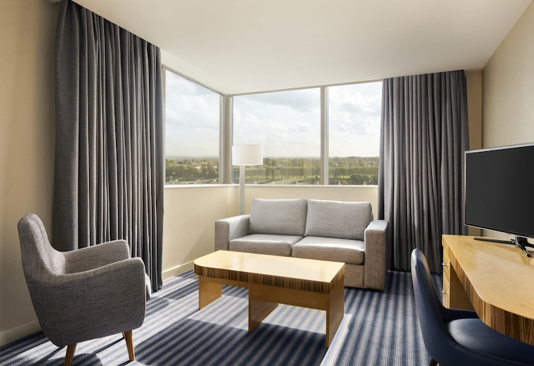 Ramada Hotel & Suites by Wyndham Coventry, Coventry, Suite, 1 bračni krevet, Soba za goste