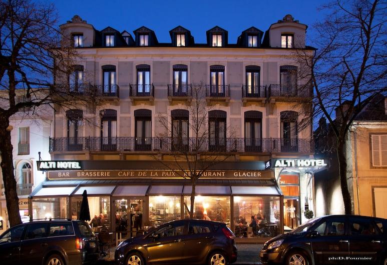 Alti Hotel, Bagneres-De-Luchon, Πρόσοψη ξενοδοχείου - βράδυ/νύχτα