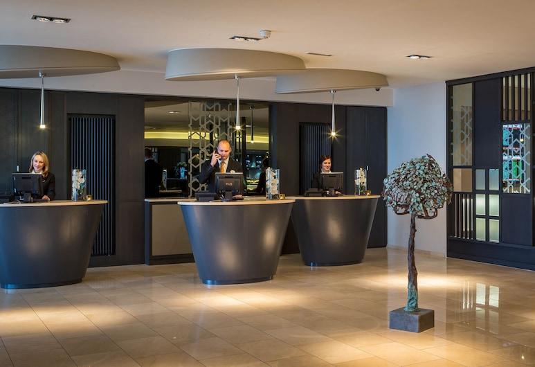 Maldron Hotel Dublin Airport, Corballis, Reception