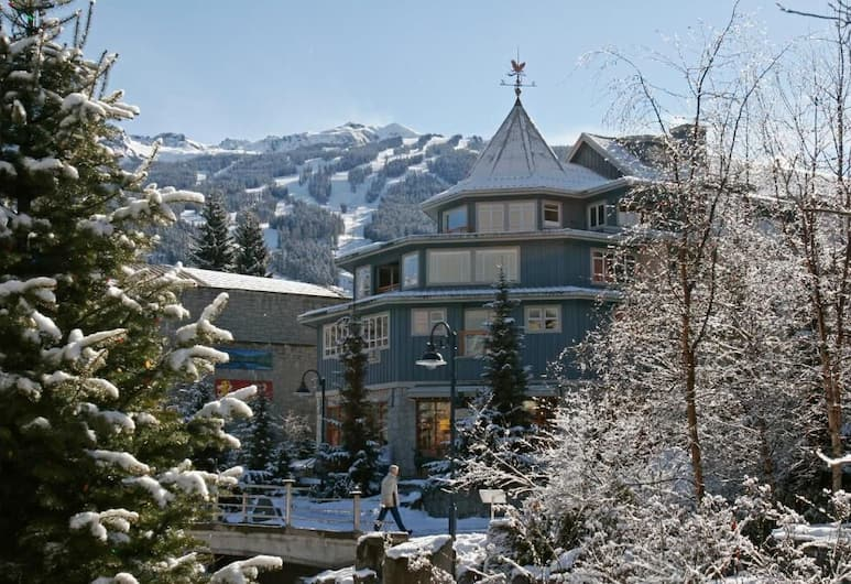 ResortQuest at The Town Plaza Suites, Whistler, Exterior
