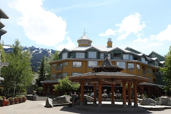 Mynd af ResortQuest at The Town Plaza Suites í Whistler