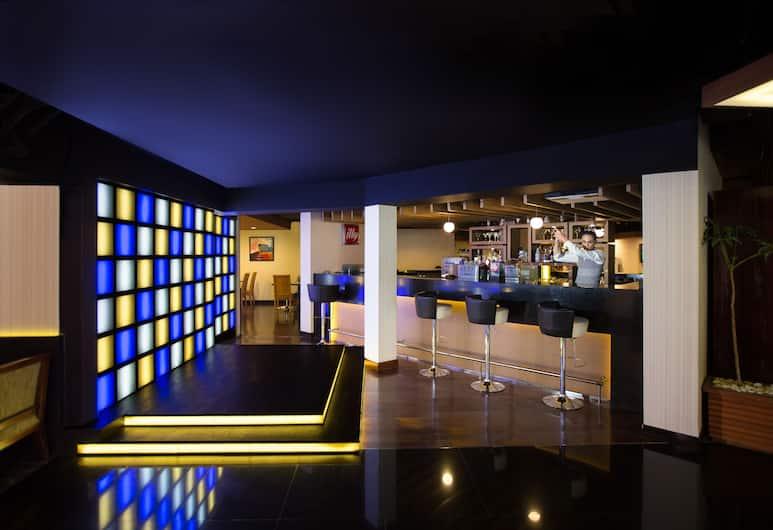 Aston Rasuna, Jakarta, Lounge