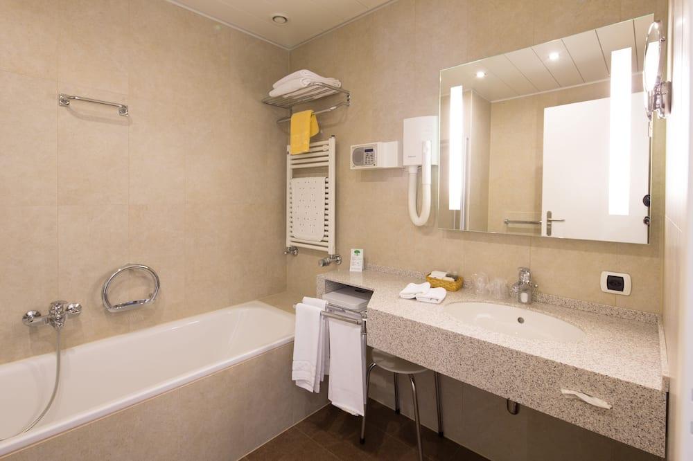Kamar Double Superior untuk 1 Orang - Kamar mandi