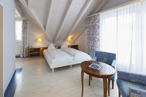 โรงแรมเรสเตอรองต์บาล์ม