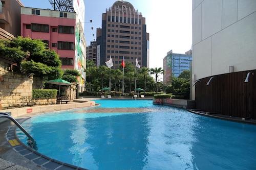 โรงแรมเอเวอร์กรีน