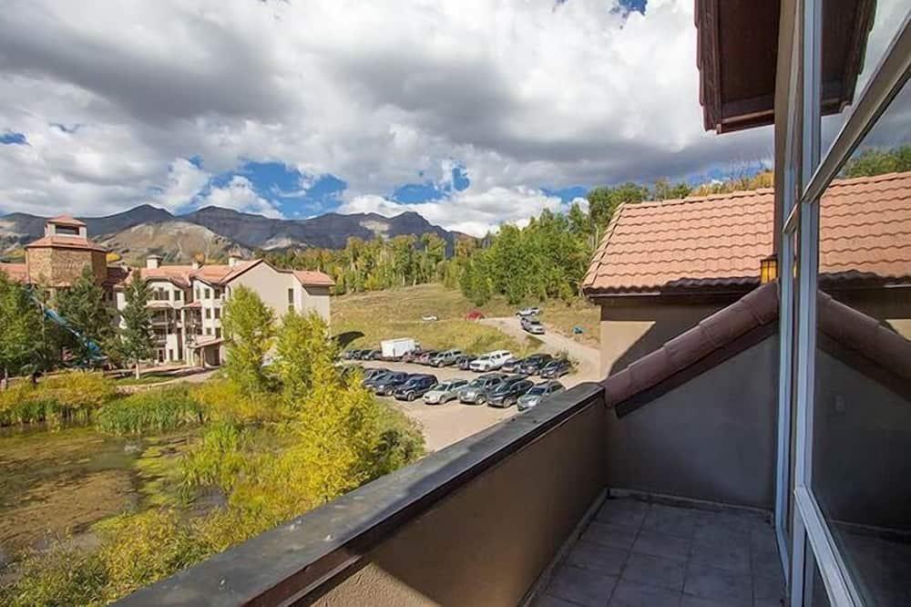 Condo, 3 Bedrooms (Bronze) - Balcony