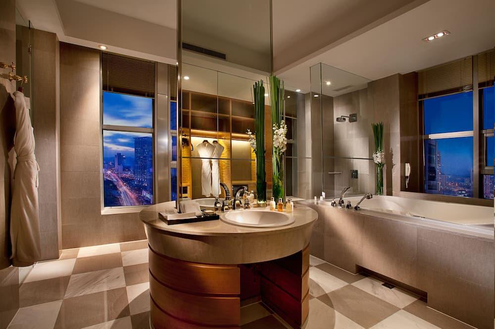 ห้องเพรสซิเดนเชียลสวีท - ห้องน้ำ
