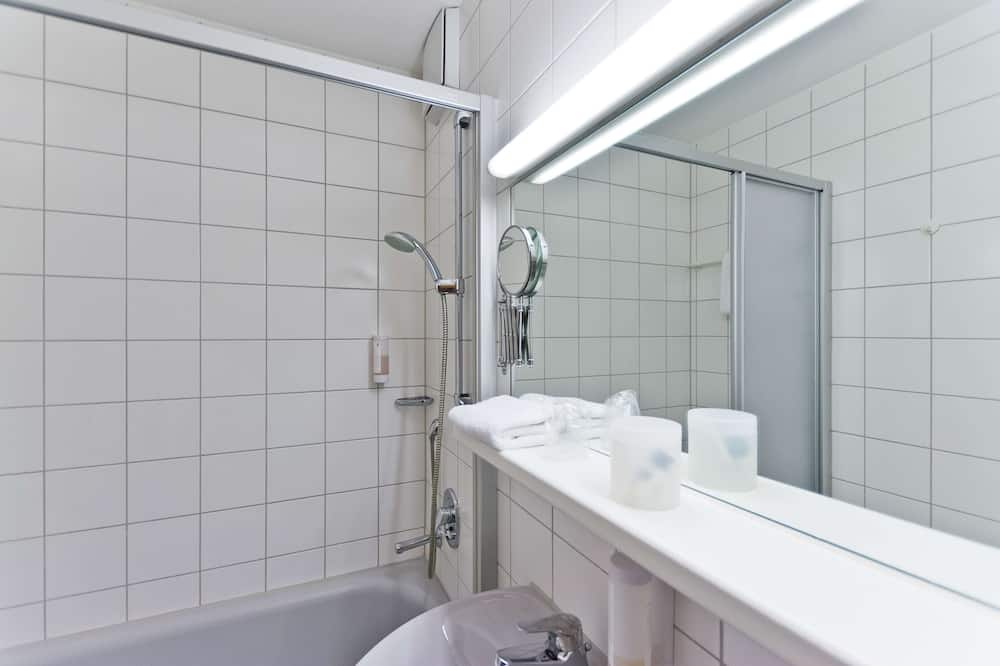 Superior tuba, 1 ühevoodi - Vannituba