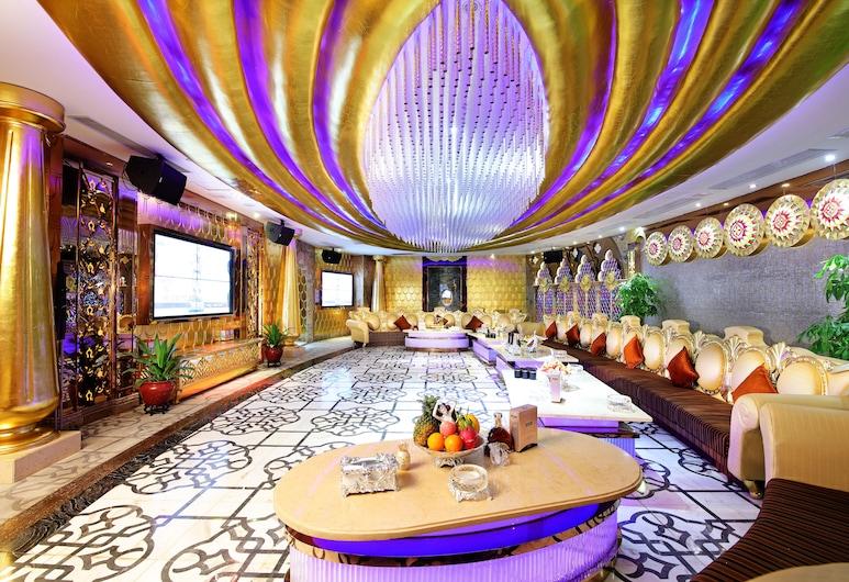 Royal Mediterranean Hotel, Guangzhou, Ööklubi