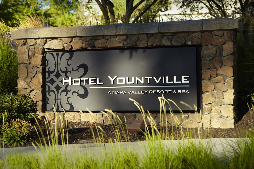 Hotel Yountville Exterior