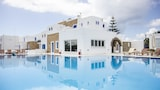 Choose This Business Hotel in Naxos -  - Online Room Reservations