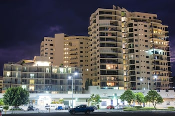 Picture of Park Regis City Quays in Cairns