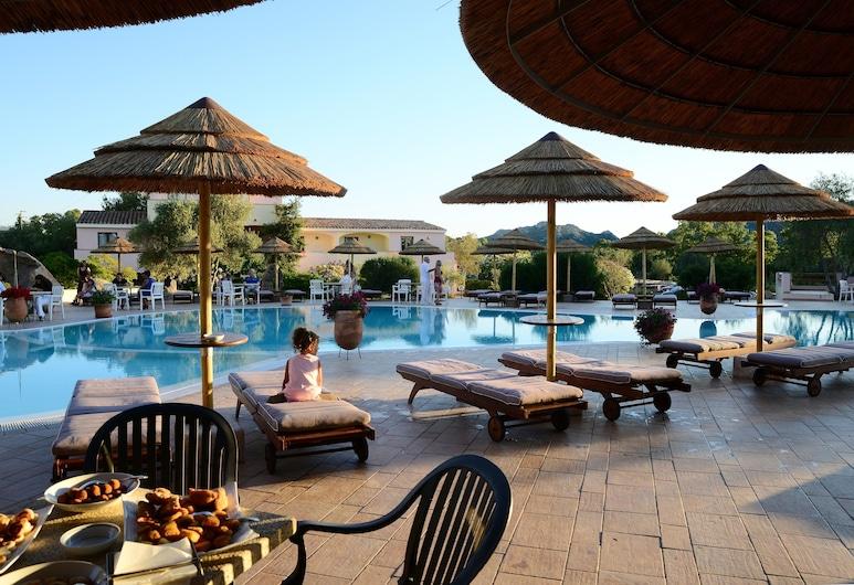Hotel Airone, Arzachena, Pool