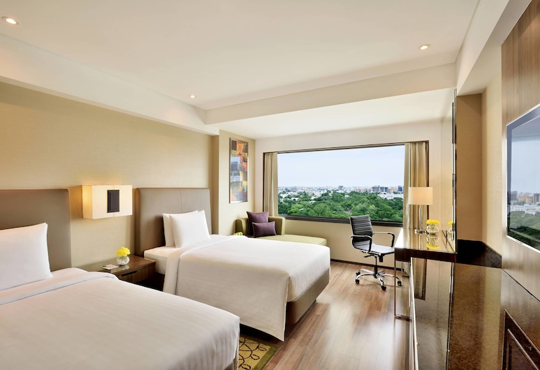 Courtyard by Marriott Chennai, Chennai, Deluxe Room, 1 King Bed, Non Smoking, City View, Guest Room