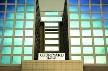 Picture of Courtyard by Marriott Chennai in Chennai