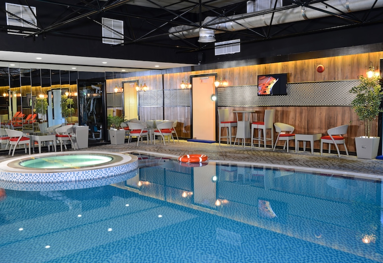 Sun and Sands Hotel, Dubai, Piscina