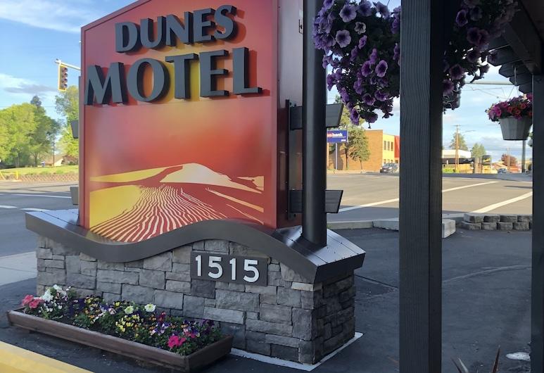 Dunes Motel, Bend