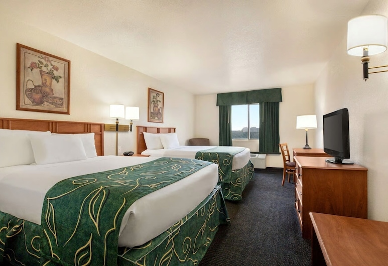 Travelodge by Wyndham North Platte, North Platte, Room, 2 Queen Beds, Non Smoking, Guest Room