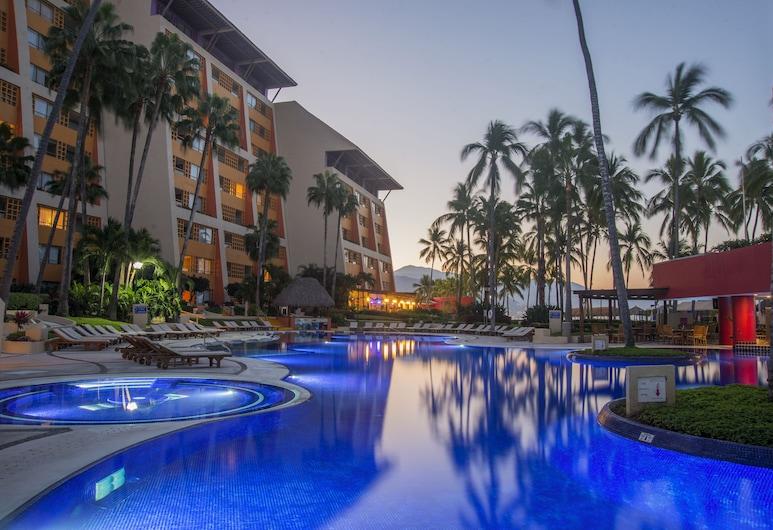巴亞爾塔港雷吉納俱樂部酒店, 巴亞爾塔港酒店, 室外泳池