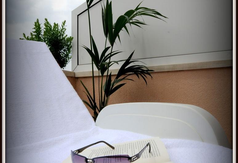 Hotel Rosina, Makarska, Terrasse/veranda