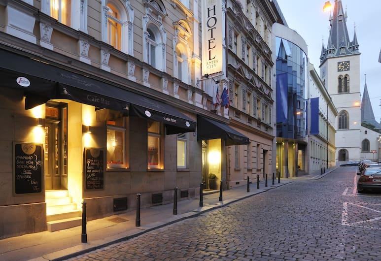 Antik City Hotel, Prague, Hotel Entrance