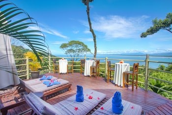 Picture of Issimo Suites Boutique Hotel & Spa - Adults Only in Manuel Antonio