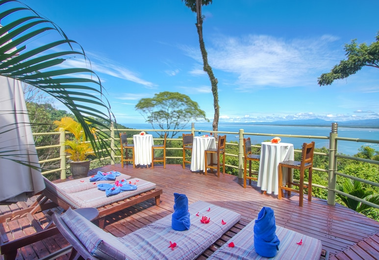 Issimo Suites Boutique Hotel & Spa - Adults Only, Manuel Antonio, Terrace/Patio