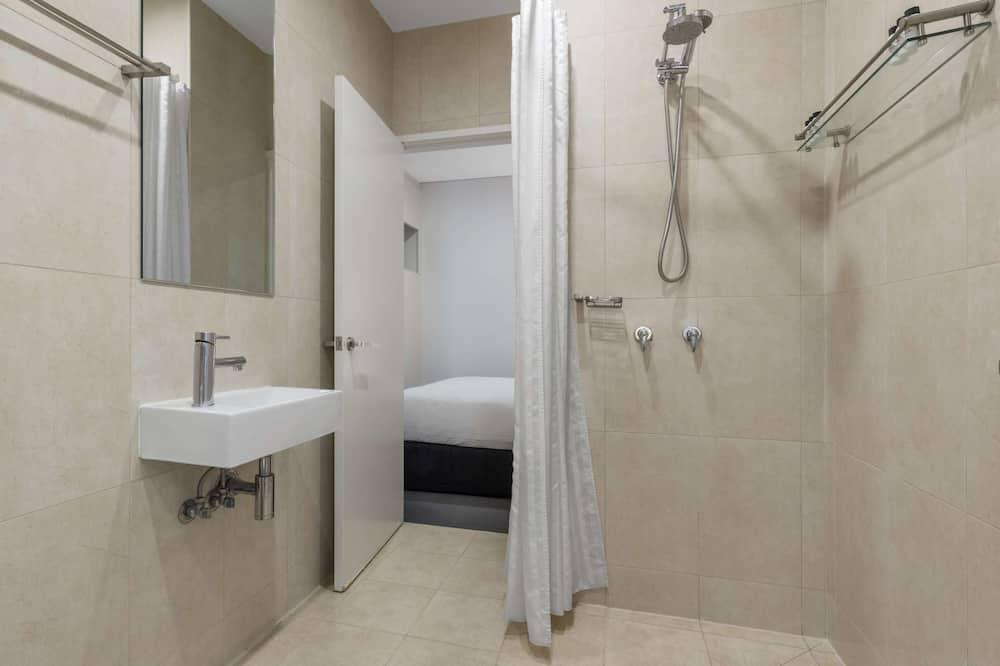 One Bedroom Cosmo Apartment (No Housekeeping) - Bathroom