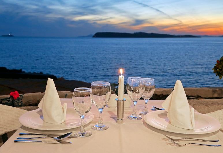 Hotel Splendid, Dubrovnik, Área para refeição ao ar livre