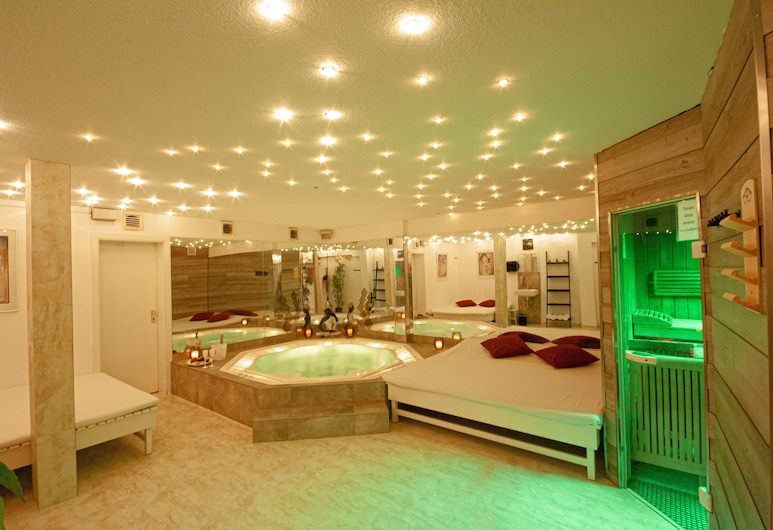 Relax-Wellnesshotel-Stuttgart, Stuttgart, Massaaživann siseruumides