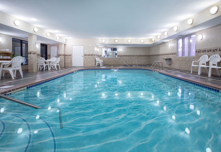 Holiday Inn Express Hotel & Suites Ft. Collins, Fort Collins, Innenpool