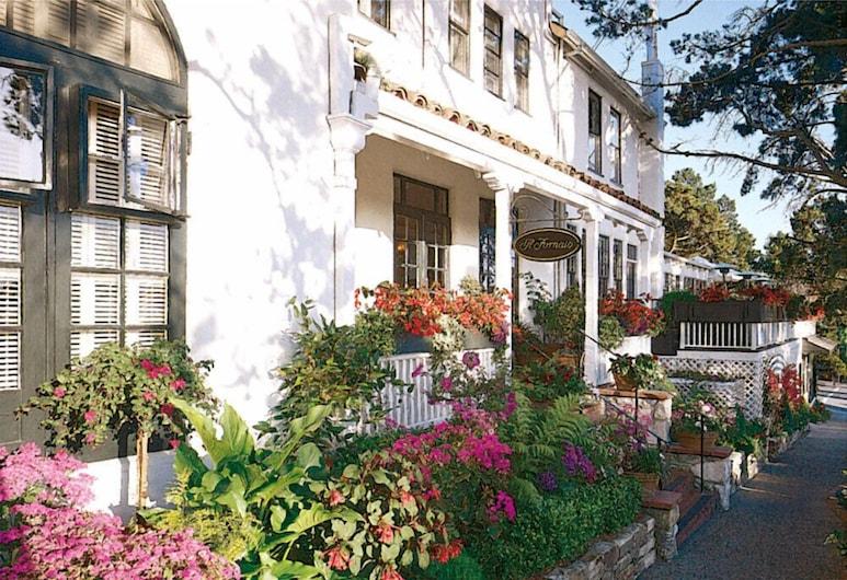 Pine Inn, Carmel, Průčelí hotelu