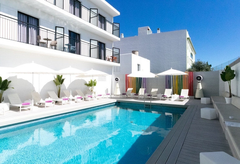 The Purple Hotel by Ibiza Feeling - Caters to Gays - Adults only, Sant Antoni de Portmany, Buitenzwembad