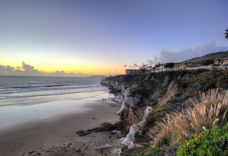 SeaCrest OceanFront Hotel, Pismo Beach, Beach