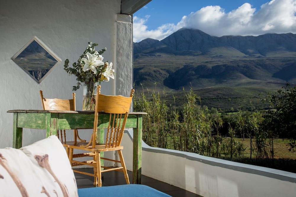 Classic Twin Room - Mountain View
