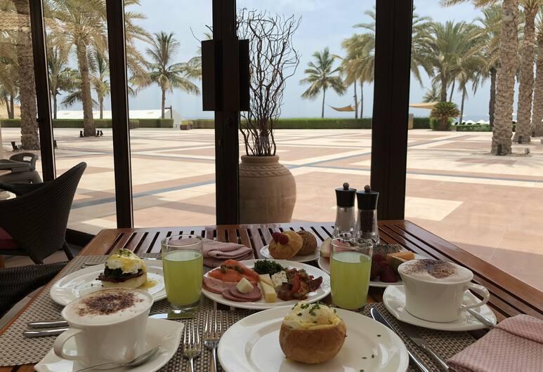 Shangri-La Barr Al Jissah Resort & Spa, Muscat, Reggeliző helyiség