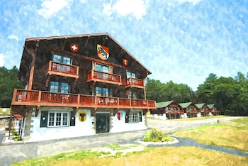 Picture of Swiss Chalets Village Inn in Intervale