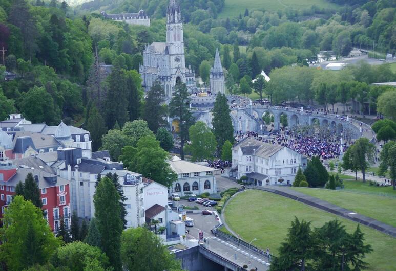 Hotel Saint Sauveur, Lourdes, Dış Mekân